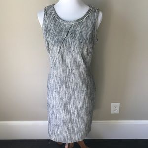 Beautiful Banana Republic sleeveless dress
